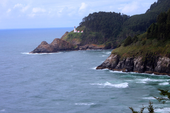 Heceta Head ligthouse from South Hwy 101 Viewpoint